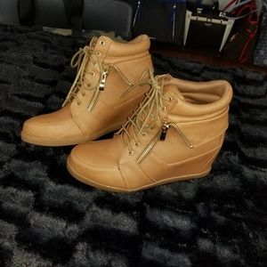 Wedge Sneakers Camel Peanut Butter Tan
